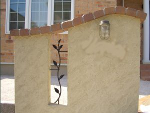 塗り壁の門